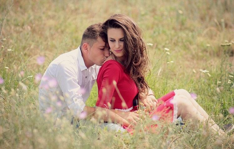 időtöltés alapú párkapcsolat